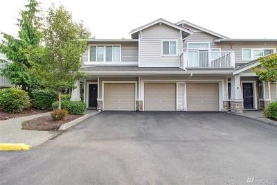 Auburn Condo/Townhouse For Sale: 6533 Hazel Ave SE #B-6