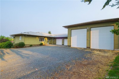 Lynnwood Single Family Home For Sale: 16925 Larch Wy