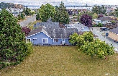 Skagit County Multi Family Home For Sale: 1117 16th St