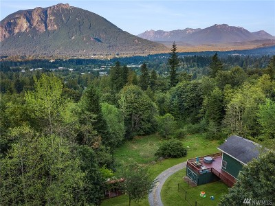 North Bend, Snoqualmie Single Family Home Contingent: 12704 398th Ave SE
