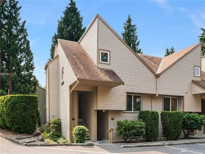 Bellevue Condo/Townhouse For Sale: 14525 NE 45th St #F-8
