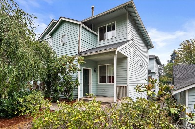 Lacey Condo/Townhouse For Sale: 6301 Stockton Lane SE #4