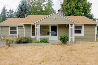 Mountlake Terrace Single Family Home For Sale: 21608 53rd Ave W