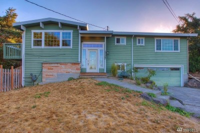 Normandy Park Single Family Home For Sale: 17542 6th Place SW
