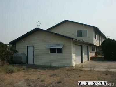 Single Family Home Sold: 717 Sprague St