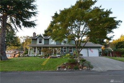 University Place Single Family Home For Sale: 8905 65th St W