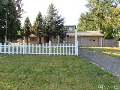 Sedro Woolley Single Family Home For Sale: 1302 Heather Lane