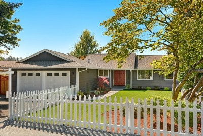 Kirkland Single Family Home For Sale: 11203 NE 149th St