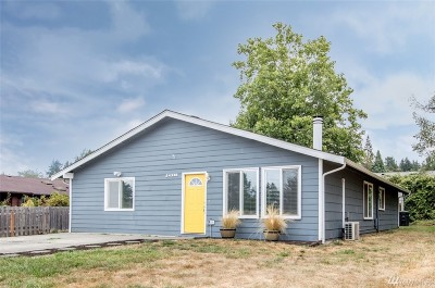 Des Moines Single Family Home For Sale: 24336 22nd Ave S
