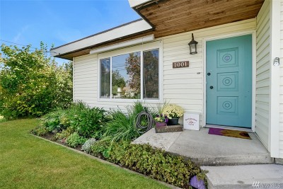 Puyallup Single Family Home For Sale: 1001 9th St SW