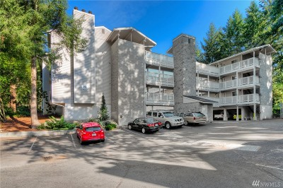 Bellevue Condo/Townhouse For Sale: 14537 NE 40th St #H201