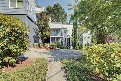 Condo/Townhouse For Sale: 2512 E Madison St #101