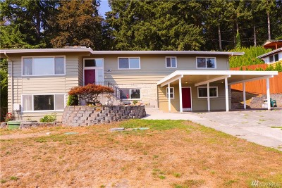 Burien Single Family Home For Sale: 555 S 146th St