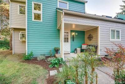 Kirkland Condo/Townhouse For Sale: 10509 NE 115th Lane #104