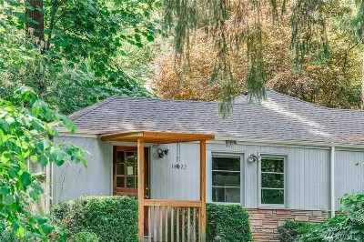 Lake Forest Park Single Family Home For Sale: 18022 49th Place NE