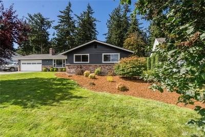 Oak Harbor Single Family Home Sold: 2155 Fairway Lane