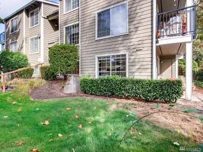 Federal Way Condo/Townhouse For Sale: 28716 18th Ave S #Y-104