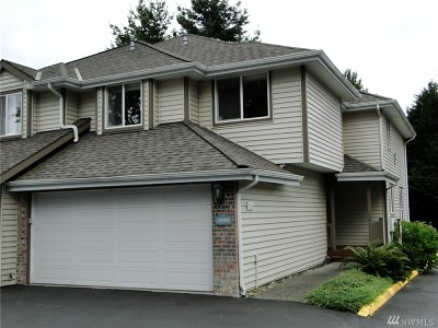 Kent Condo/Townhouse For Sale: 23418 100th Ave SE #F104
