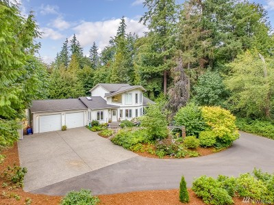 Stanwood Single Family Home For Sale: 16730 E Lake Goodwin Rd