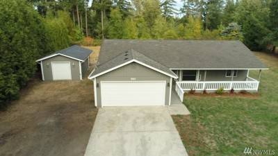 Rainier Single Family Home For Sale: 905 Tipsoo Lp N