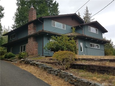 Bellingham Single Family Home For Sale: 4130 Lakeway Dr