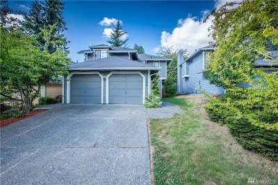 Issaquah Single Family Home For Sale: 24230 SE 44th St