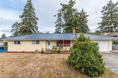Oak Harbor Single Family Home For Sale: 1460 NE 8th Ave