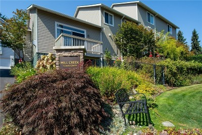 Bothell Condo/Townhouse For Sale: 16230 3rd Ave SE #B2