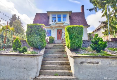 Seattle Single Family Home For Sale: 15 W Smith St