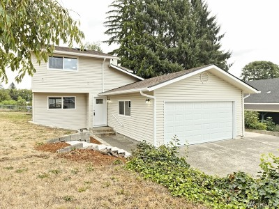 Montesano Single Family Home For Sale: 618 N 3rd St