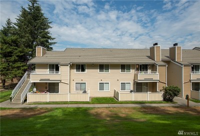 Mountlake Terrace Condo/Townhouse For Sale: 21317 52nd Ave W #F234