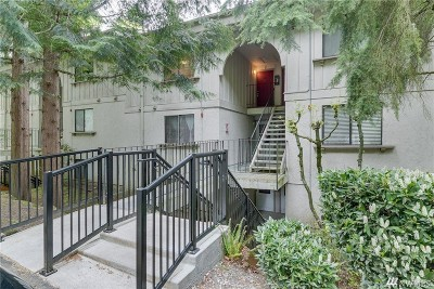 Kirkland Condo/Townhouse For Sale: 12700 NE 116 St #J36