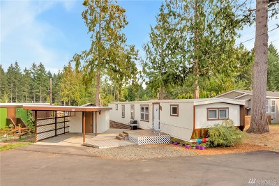 Mobile Home For Sale: 9111 66th Ave NW #124