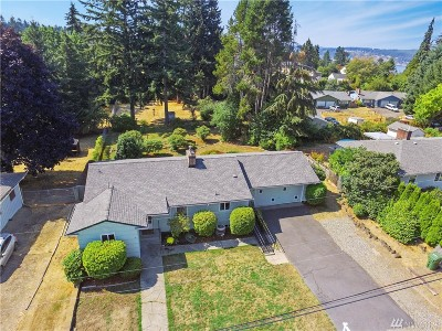 University Place Single Family Home For Sale: 3726 Tahoma Place W