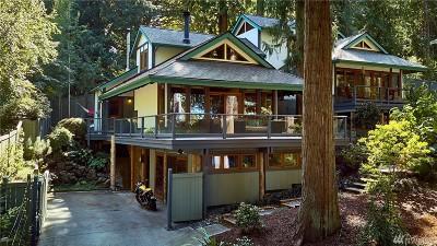 Bainbridge Island Single Family Home For Sale: 8950 Woodbank Dr NE