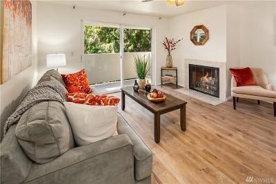 Renton Condo/Townhouse For Sale: 1150 Sunset Blvd NE #305
