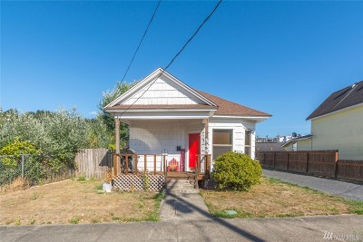 Chehalis Single Family Home For Sale: 544 NW Rhode Island Ave