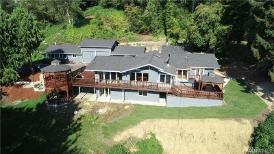 Stanwood Single Family Home For Sale: 2819 Pioneer Hwy