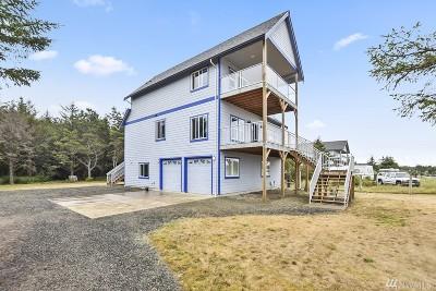 Grays Harbor County Single Family Home Pending: 44 Papac Lane