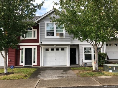 Puyallup Condo/Townhouse For Sale: 10307 140th St Ct E #5