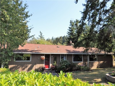 La Conner, Anacortes Single Family Home For Sale: 524 Klamath Dr