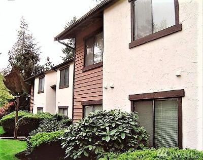 Kirkland Condo/Townhouse For Sale: 12721 NE 129th Ct #F103