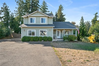 Yelm Single Family Home For Sale: 16305 Pleasant Beach Dr SE