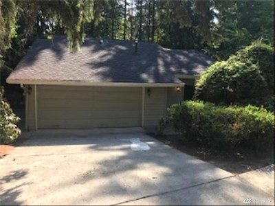 King County Single Family Home For Sale: 500 176th Lane NE