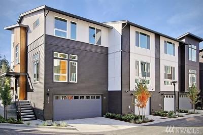 Bellevue Condo/Townhouse For Sale: 1555 139th Lane NE