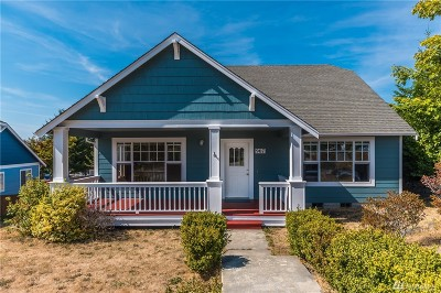 Oak Harbor Single Family Home Sold: 907 SW Silverberry St