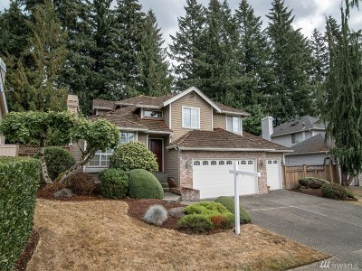 Maple Valley Single Family Home For Sale: 25600 Lake Wilderness Country Club Dr SE