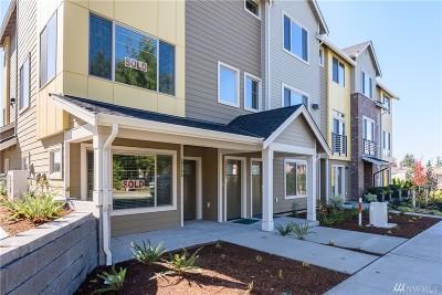 Bellevue Condo/Townhouse For Sale: 1437 159th Place NE #5.1