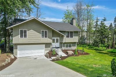 Hunts Point Single Family Home For Sale: 8034 NE 28th St