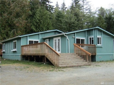 Stanwood Single Family Home For Sale: 5528 Lakewood Rd